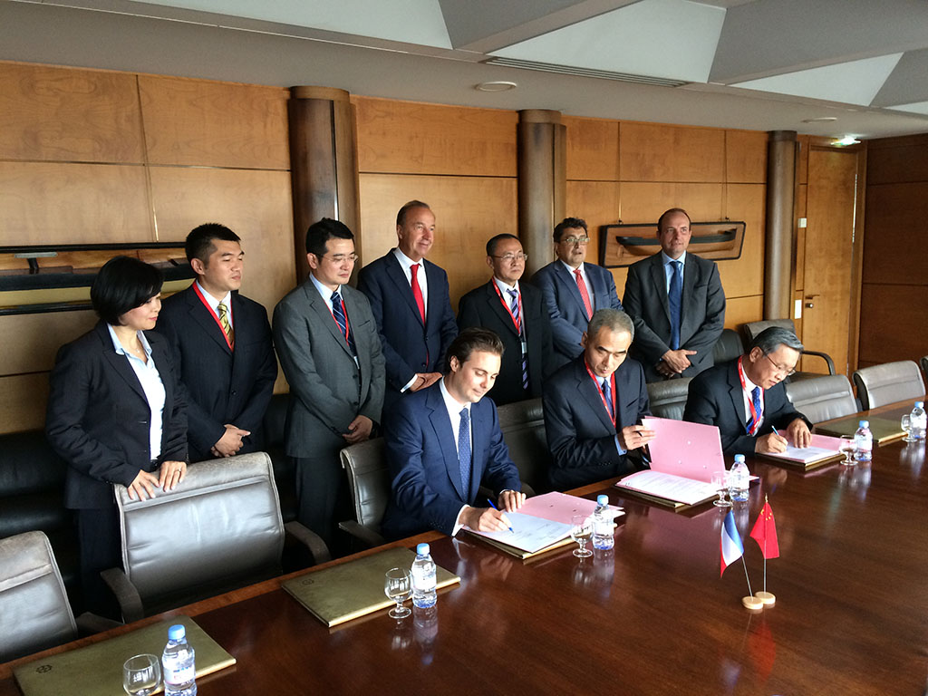Cosco Shipping Logistics and Bolloré Transport & Logistics sign an agreement pro